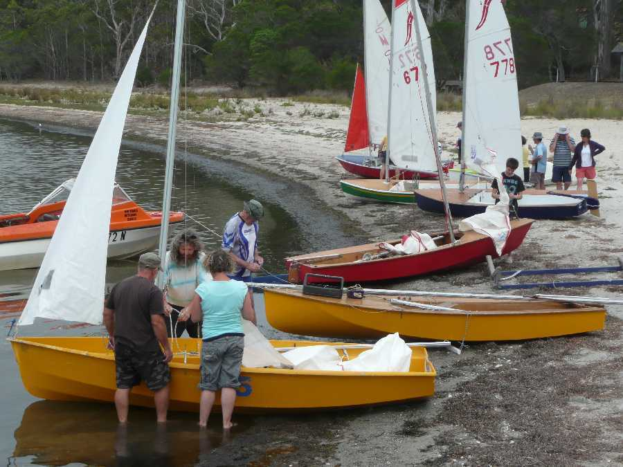Sailors learn the ropes at the WLBC Sailing School